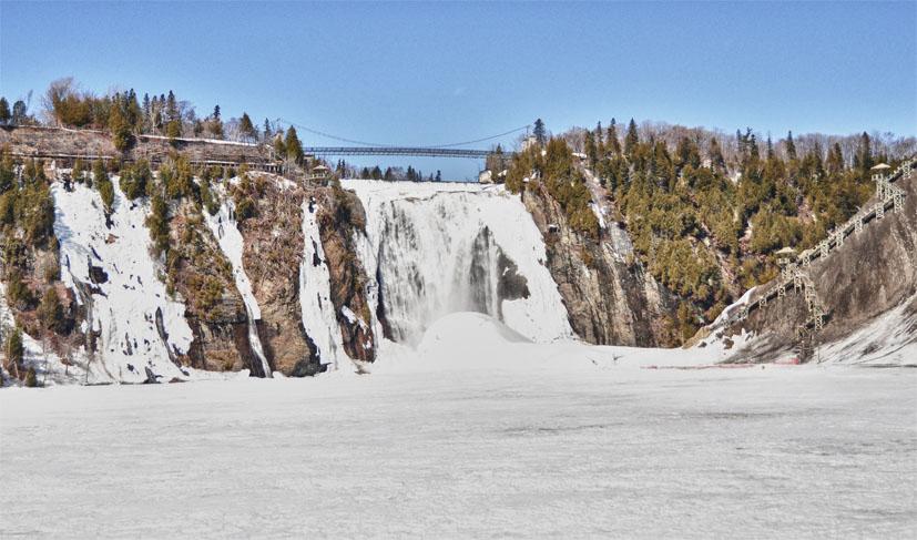 Vue globale des chutes de Montmorency