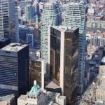 Downtown Toronto depuis la CN Tower et l'immeuble doré (à la poussière d'or 18 carats !) de la Banque Royale