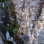Dans le fond du Canyon Maligne, la température ne varie guère et la glace est encore présente !