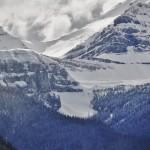 Sommets enneigés face au lac Louise