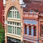 Les bâtiments colorés d'époque 1900 à Victoria
