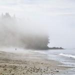 La plage de Chinese Beach sous la brume matinale - Canada