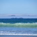 La brume se lève peu à peu sur la plage de Long Beach, côte Ouest de Vancouver Island