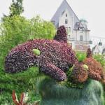 Le dauphin, une sculpture végétale de bon goût - mais on ne leur en veut pas !