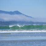 La vague que les surfeurs attendent - Long Beach, Vancouver Island
