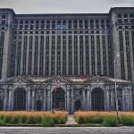 L'immense gare de Detroit - vue de face