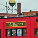 Pub et réserve d'eau vers Michigan Avenue - Detroit