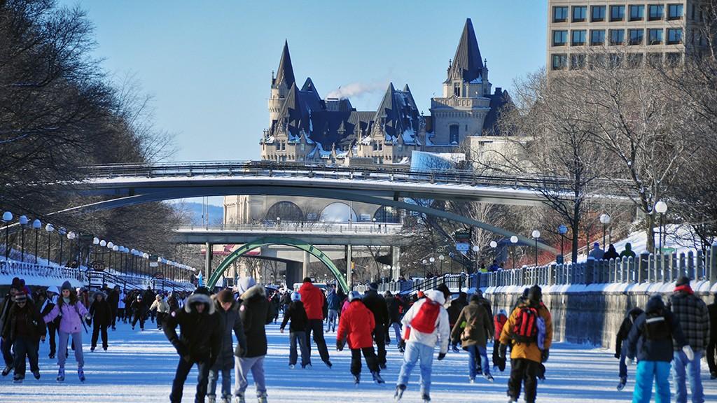 Ottawa - Le Canal Rideau gelé
